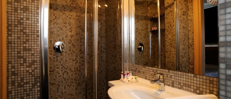 Servizi con doccia