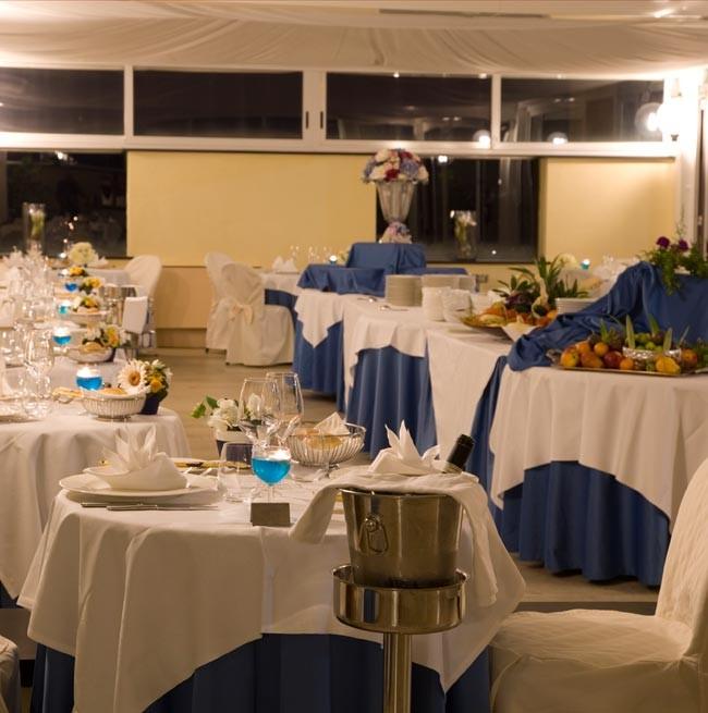 Sala del ristorante La Punta dell'Hotel Punta San Martino